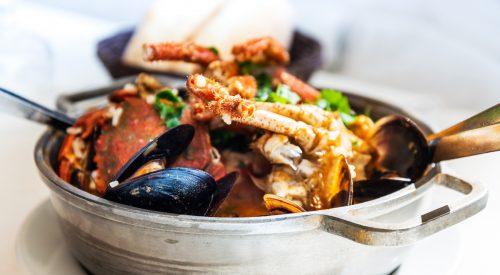 Mix seafood Soup Pot